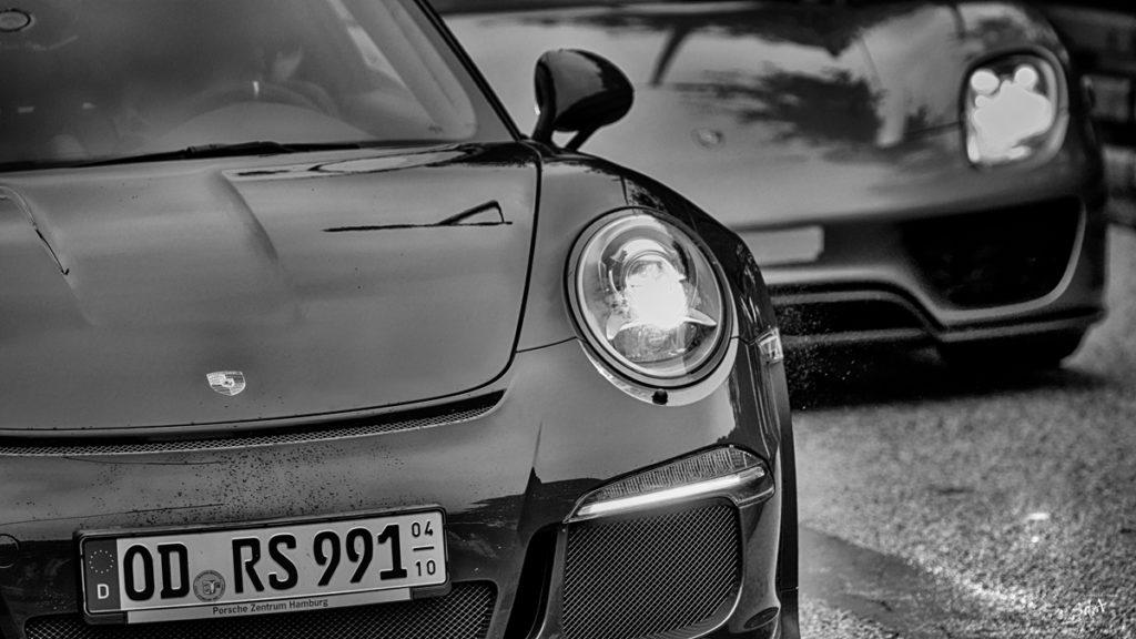 Autos. Zwei Porsche GT3 RS, Autorennen fotografiert von Danny Koerber für Sehnsucht der Augen.