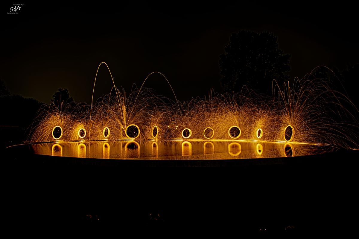Stahlwolle drehen mit ZOLAQ im Hamburger Stadtpark. Fotografiert von Danny Koerber für Sehnsucht der Augen.