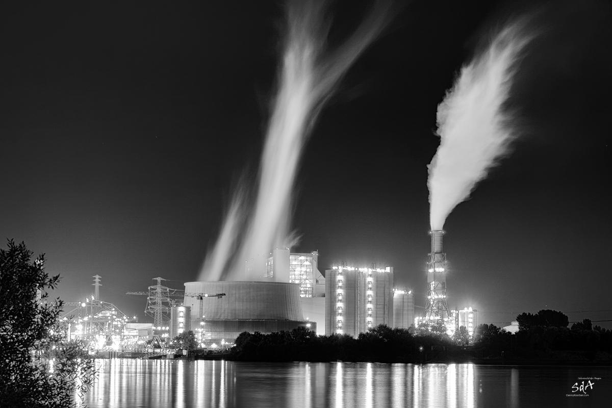 Energy of civilization, Energie, das wichtigste in unserer Gesellschaft, wer es glaubt oder nicht, ohne Energie sind wie im Moment nichts mehr., Sda, Sehnsucht der Augen, Danny Koerber, Industriearchitektur und ihre Technik in schwatz weiß