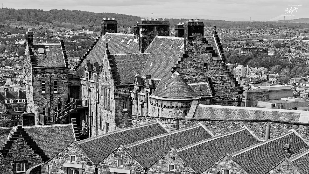 Edinburgh Castle Hospital, fotografiert in Schwarz Weiß von Danny Koerber für Sehnsucht der Augen. Schottland, Reise, Architektur