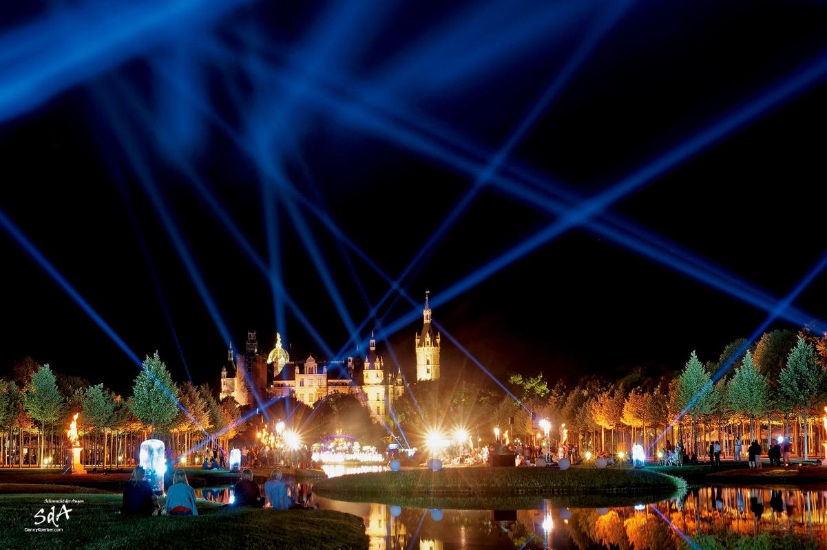 Schlossgartenlust in Schwerin. Finale bei der Schweriner Märchennacht, fotografiert von Danny Koerber für Sehnsucht der Augen.