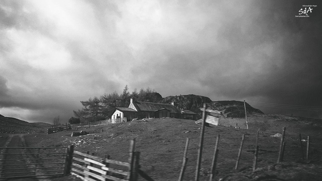 Eine Farm in den Highlands, fotografiert von Danny Koerber für Sehnsucht der Augen.