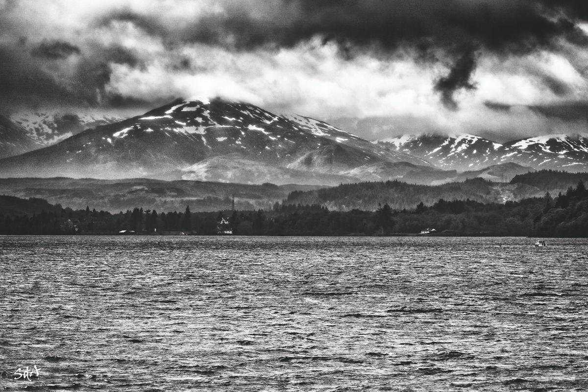 Loch Ness mit Port Arthur im Hintergrund, fotografiert von Danny Koerber für Sehnsucht der Augen. Die Heimat des Harry Potter