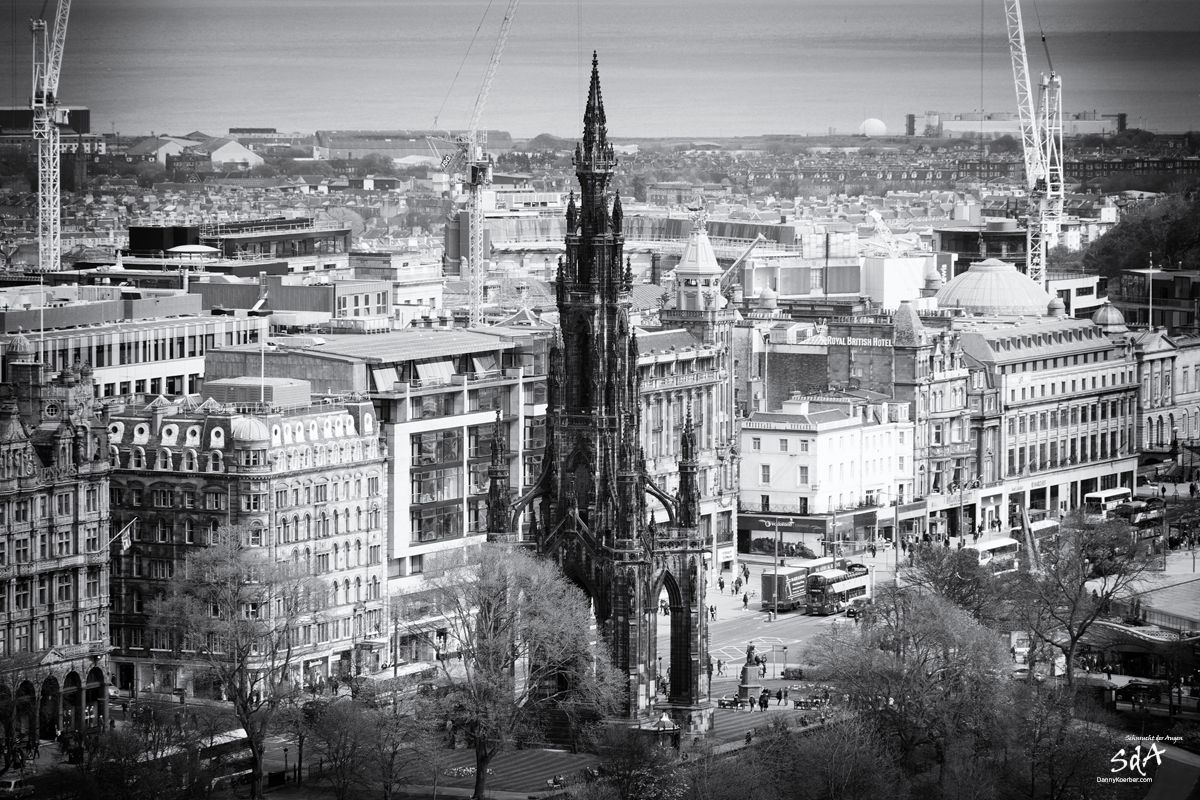 Scottish Monument an der Princess Street, fotografiert von Danny Koerber für Sehnsucht der Augen.