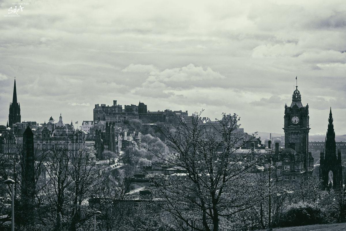 Silouette Edinburg mit dem Schloss, fotografiert von Danny Koerber für Sehnsucht der Augen. Städte